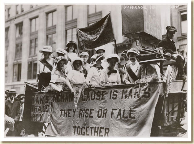 Photograph, Suffrage Parade, 1913