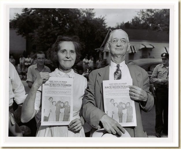 Photograph, Couple Protesting Desegregation