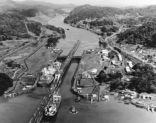 the intervention of the united states of america in the building of the panama canal United states central and south america 1989 the us military intervention in panama : origins, planning, and crisis management, june 1987-december 1989 / by lawrence a yates panama canal treaty.