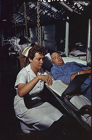 Marine Nurse   Navy Nurses