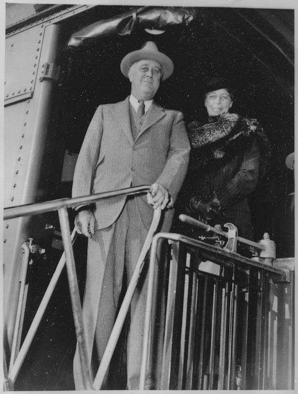 Franklin and Eleanor Roosevelt on a train