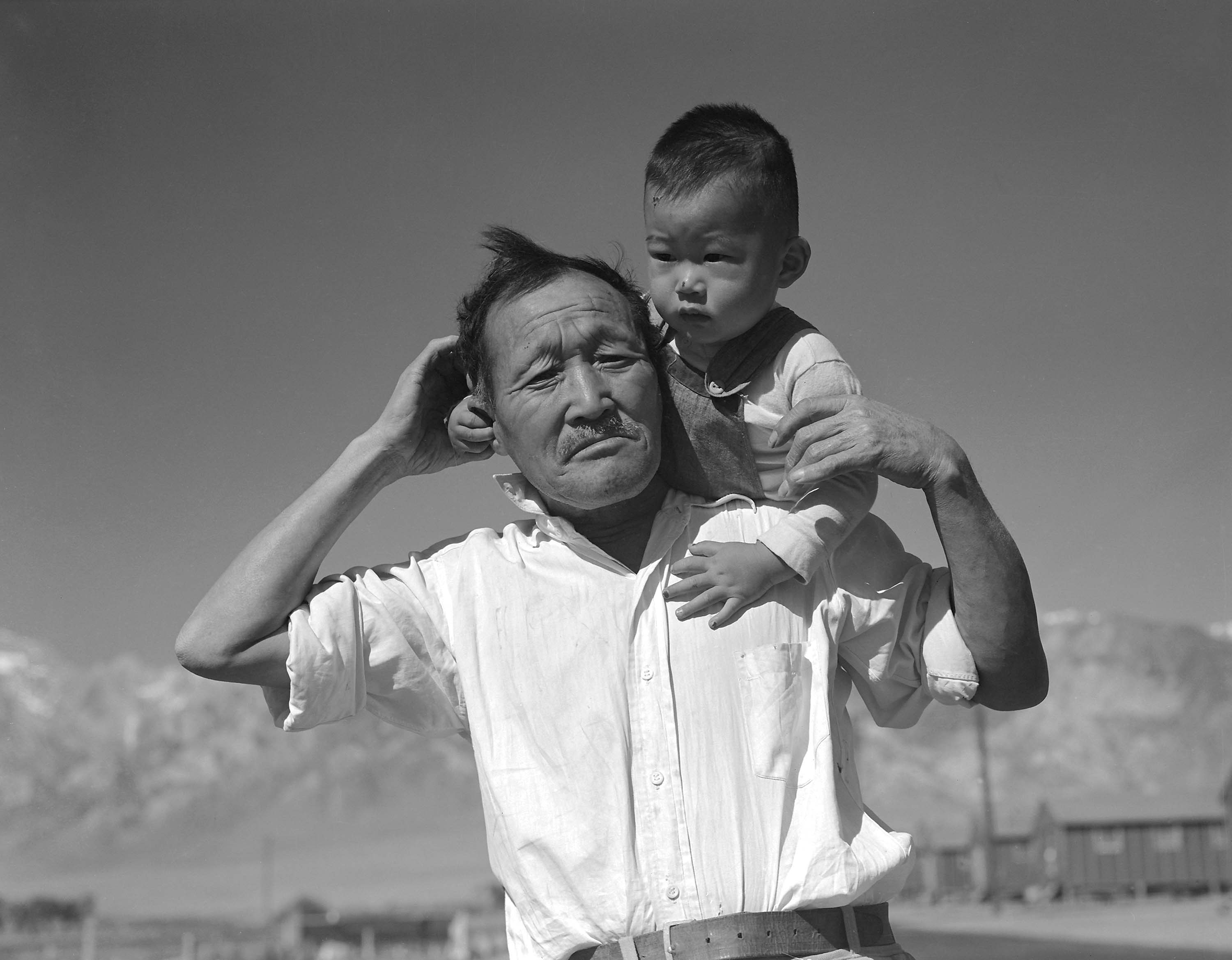 9b314f7a ... Grandfather and grandson of Japanese ancestry at the War Relocation  Authority center