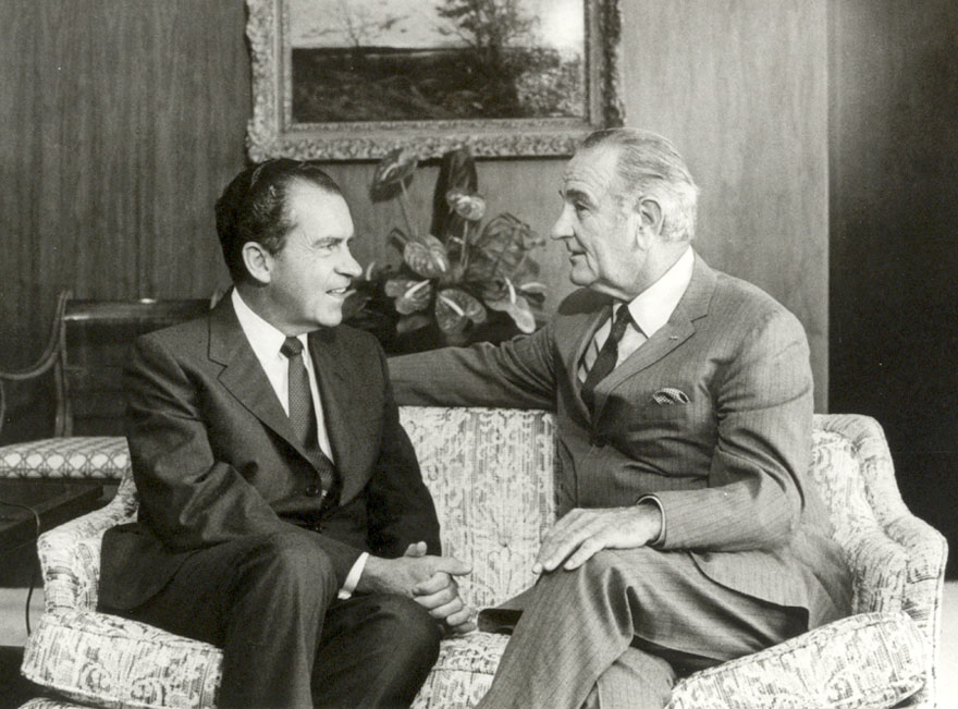the nixon white house tapes national archives  lbj s recording equipment which had recorded about 800 hours of telephone calls and meetings during the johnson administration richard nixon library