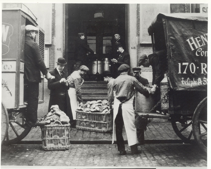 ww1 to great depression essay World war one: on land, at sea & in the air political  throughout germany  and political tension under the weimar republic, led to an economic depression.