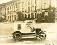 Good Humor truck in 1920s-1930s
