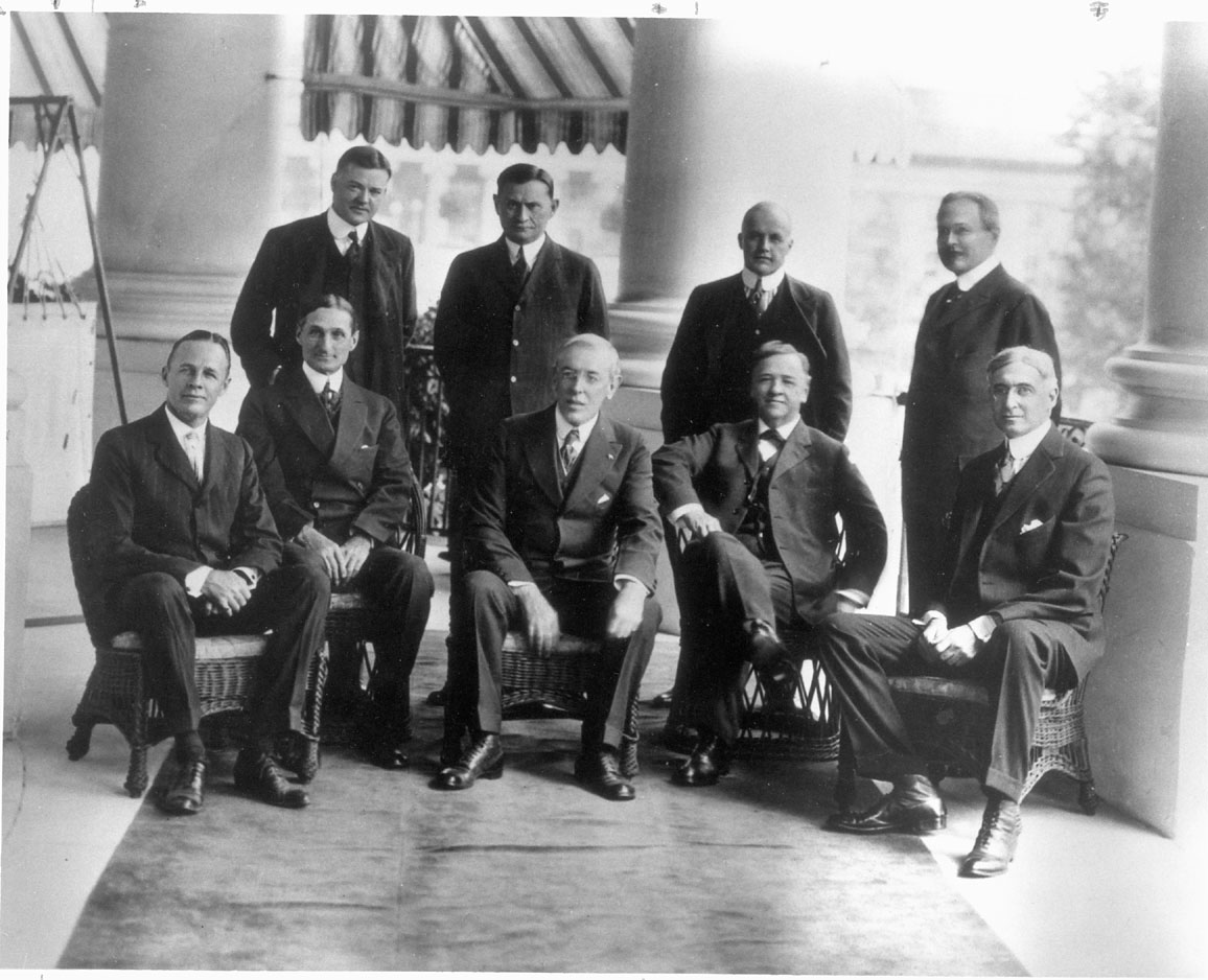 what made hoover a conservative was Although franklin roosevelt was commonly thought of as a liberal and herbert  hoover a conservative, neither can be considered strictly one sided hoover¶s.