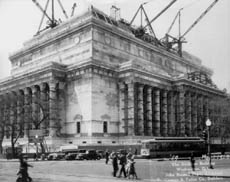construction of National Archives Building