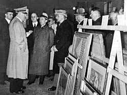 Hitler inspects confiscated art