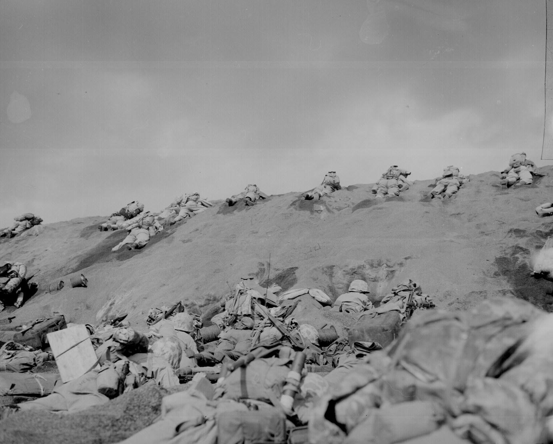 la bataille d'Iwo jima Ww2-153