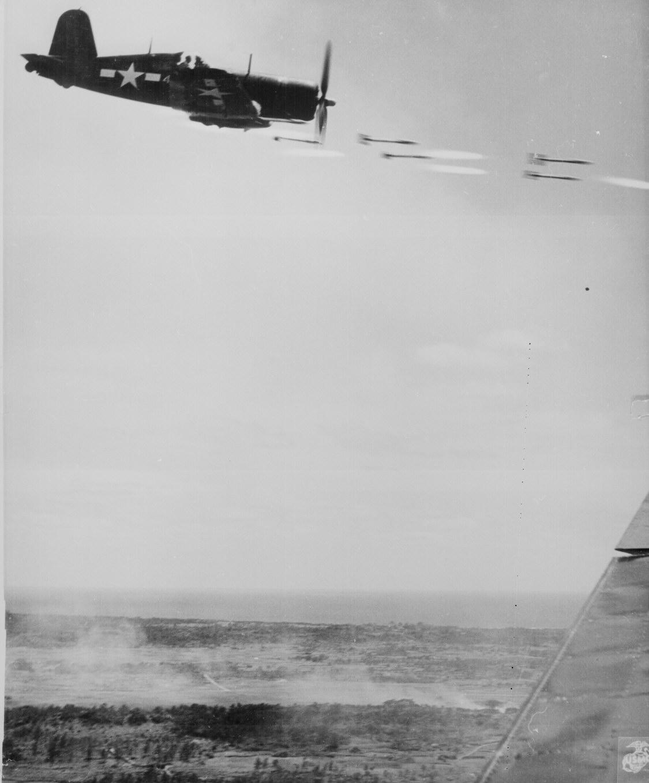 la bataille d'Iwo jima Ww2-157